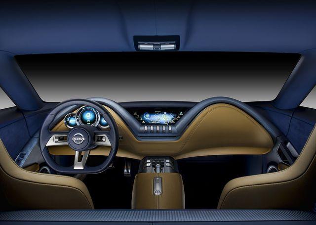 Интерьер Nissan ESFLOW