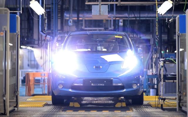 Nissan Leaf на конвейере