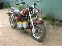 Электромотоцикл на базе Suzuki (вид спереди)